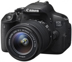 Цифровой фотоаппарат CANON EOS 700D 18-55 IS STM