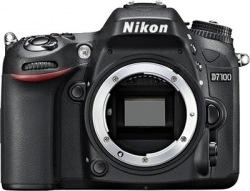 Фотокамера NIKON D7100 18-105 VR + сумка + карта SD 64GB