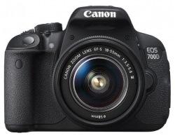 Фотоаппарат CANON EOS 700D kit 18-55 DC III + фирменная сумка и карта памяти
