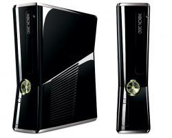 Консоль Xbox 360 250GB + 2 игры