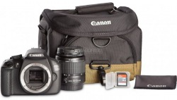 Фотокамера CANON EOS 1300D 18-55 III VUK + фирменная сумка CANON и карта SD 8 Гб