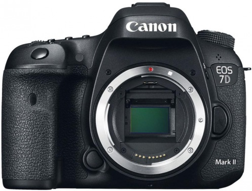 Фотоаппарат CANON EOS 7D Mark II kit 18-135 IS USM + W-E1 (9128B163)