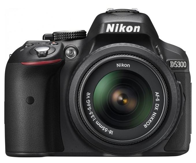 Фотокамера NIKON D5300 18-55 VR AF-P Kit + сумка карта SD 64GB