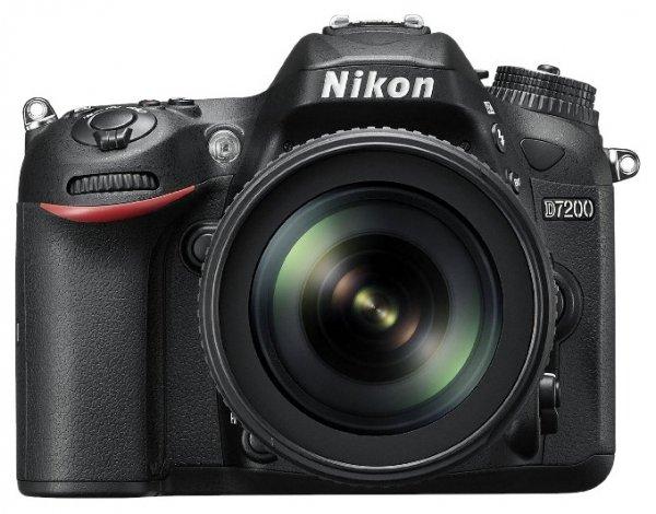 Фотокамера NIKON D7200 18-105 VR Kit + сумка карта SD 64GB